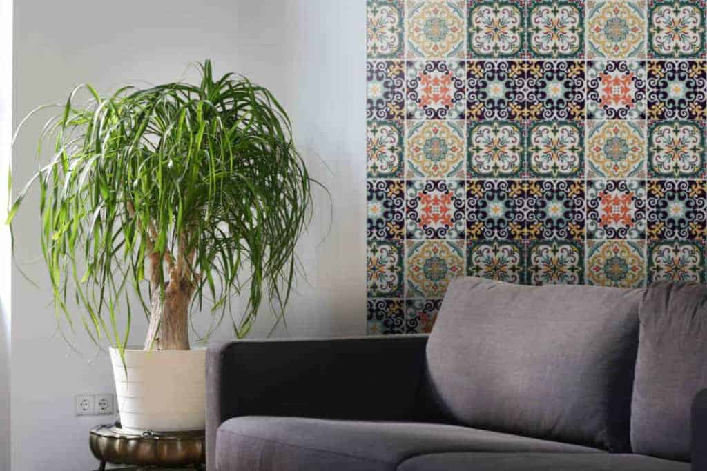 moroccan wallpaper living room